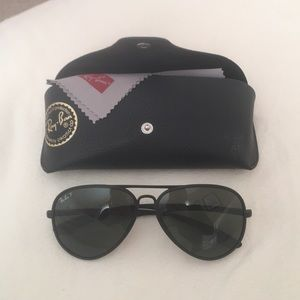 Polarized matte Ray bans liteforce tech sunglasses